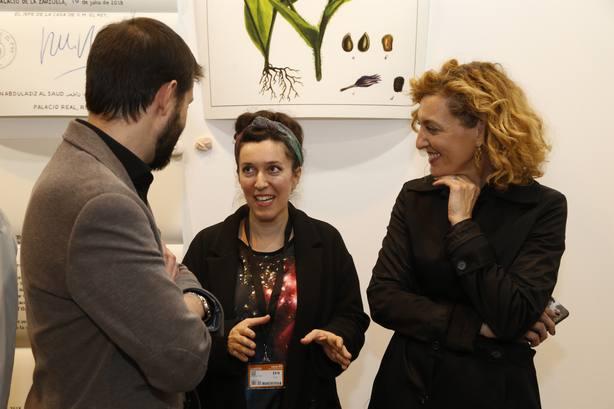 Tania Blanco recibe el Premio Comunidad de Madrid-Estampa 2018 por su obra News from de Palace