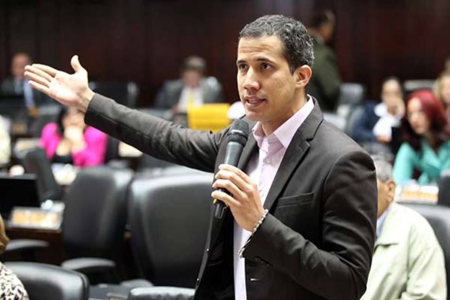 El Supremo venezolano prohíbe a Guaidó salir del país y congela sus cuentas