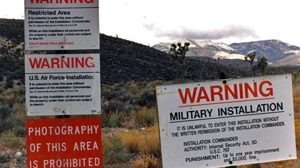 Medio millón de americanos se dan cita para asltar el Área 51 y poder ver extraterrestres