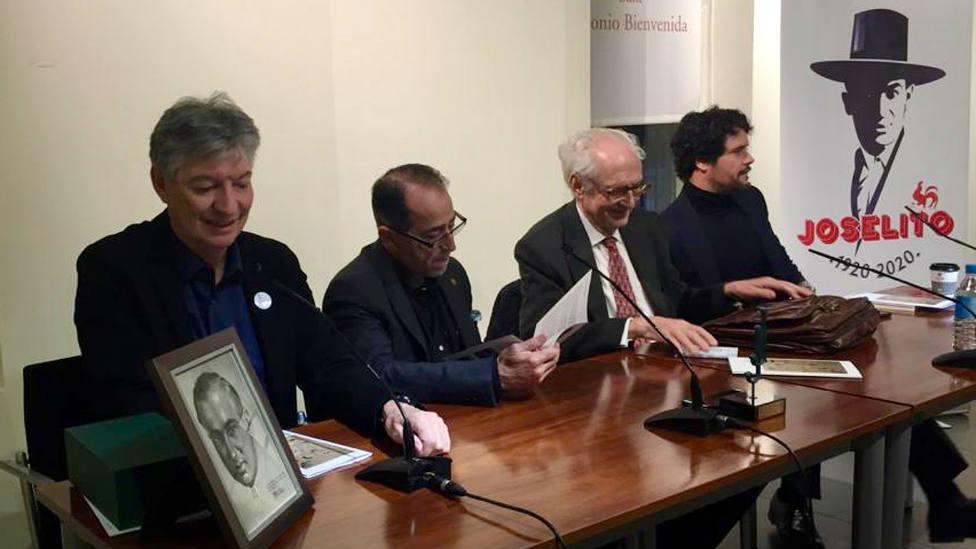 Intervinientes en la pimera conferencia celebrada en Las Ventas sobre Joselito El Gallo