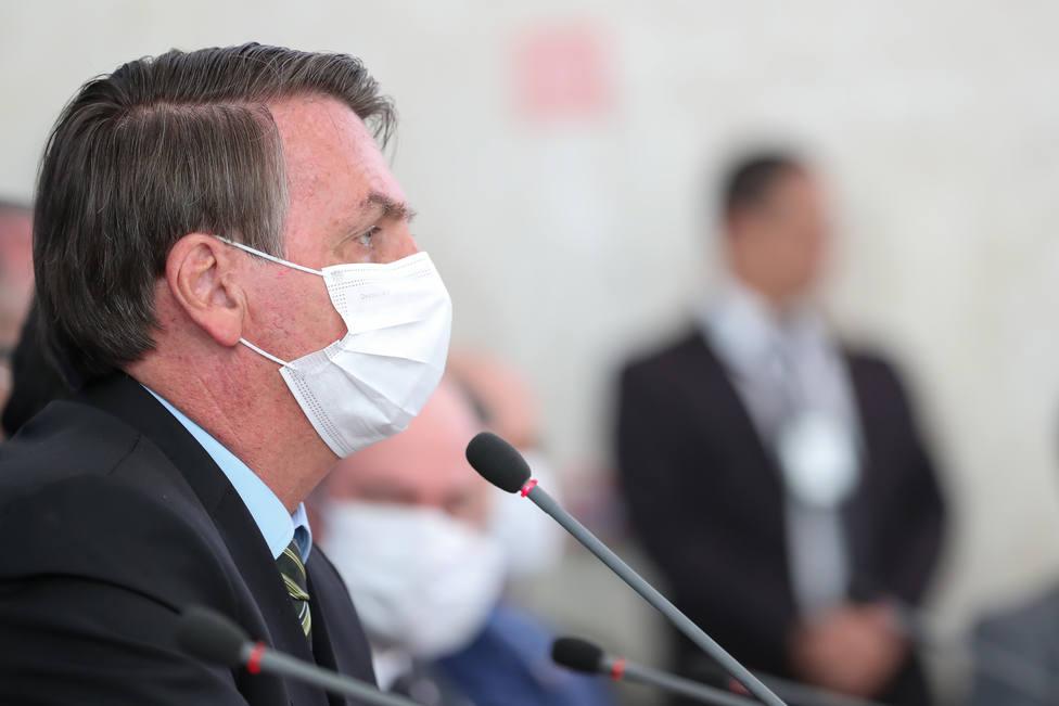 Bolsonaro dice que las medidas contra el coronavirus no pueden ser peores que la enfermedad