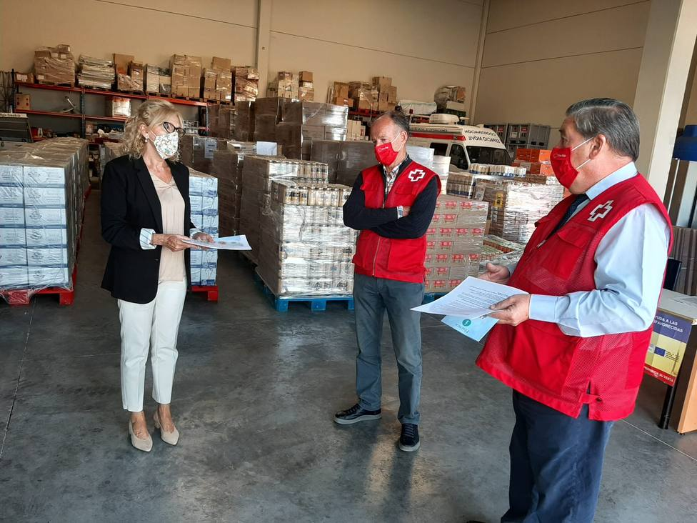 Visita de la Subdelegada a Cruz Roja
