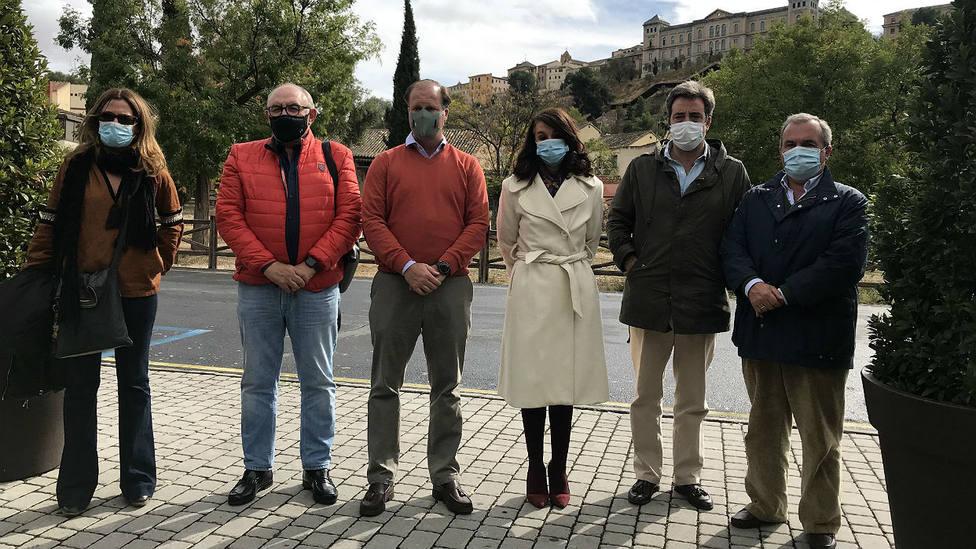 Los ganaderos Lucía Núñez, Samuel Flores, Daniel Ruiz y Ricardo del Río, junto a los representantes de Asaja