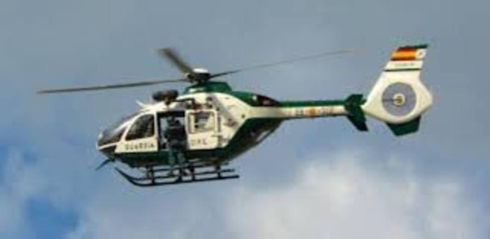 Un helicóptero de la Guardia Civil se suma desde este lunes al dispositivo de búsqueda