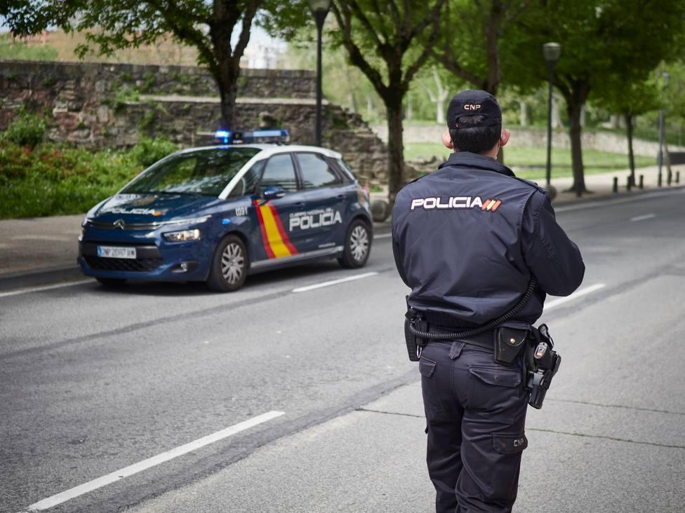 La Policía Nacional detiene a cuatro personas por estafar a compañías aseguradoras robando vehículos