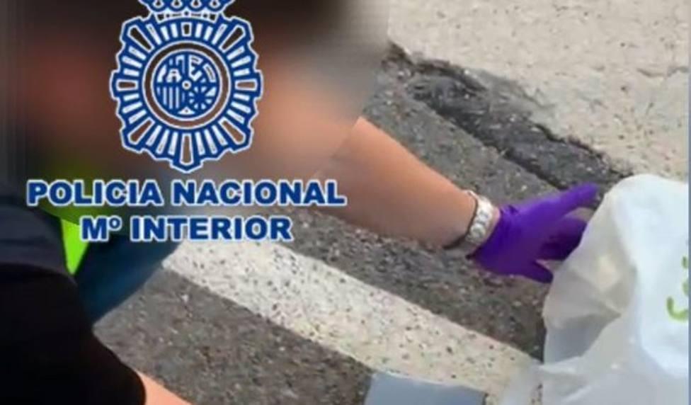 Alicante.- Sucesos.- Detenido en Elche por transportar camuflados 4,2 kilos de cocaína en un vehículo adaptado