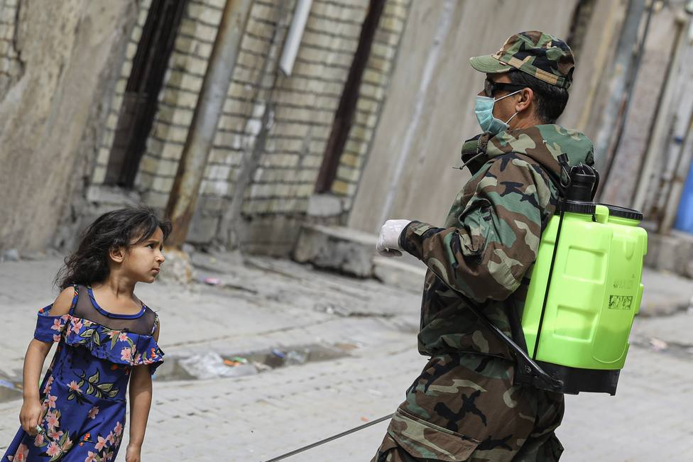 Más de 40 heridos y al menos 15 muertos por una explosión en el mercado de Bagdad