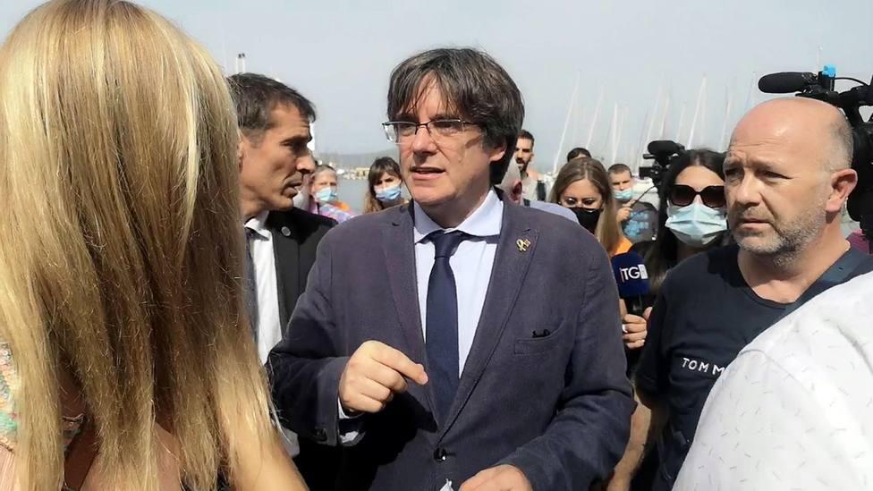 Puigdemont defiende la vía unilateral para la independencia en Cataluña si España no ofrece otra alternativa