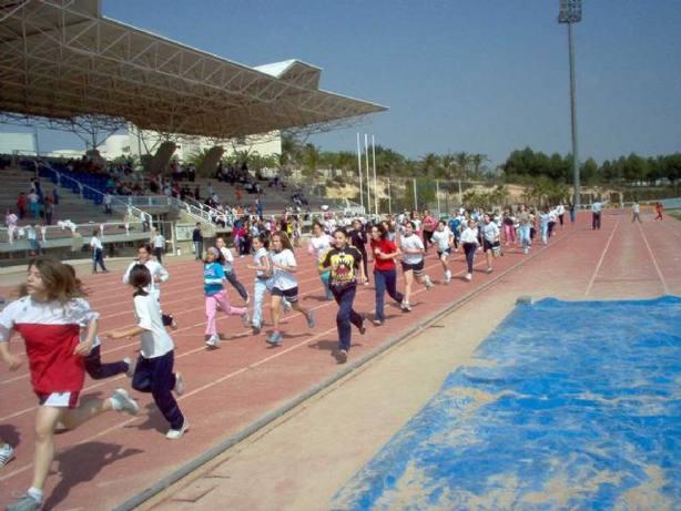 Unos 97.000 alumnos han participado en el programa de Actividad Física y Deporte en Edad Escolar