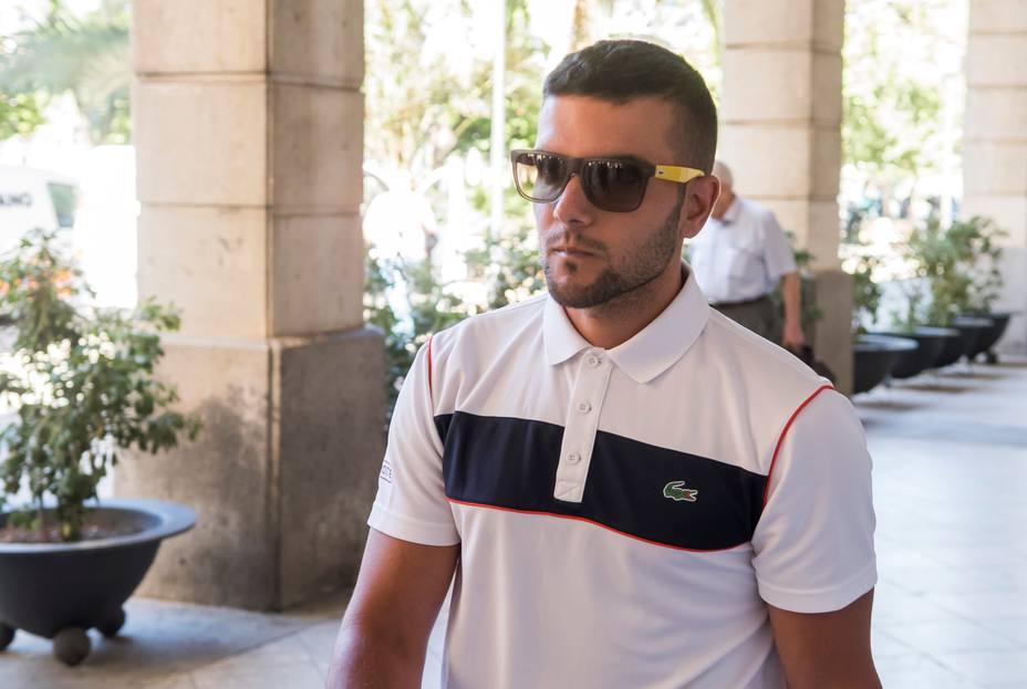 Ángel Boza, miembro de La Manada, seguirá en prisión y será juzgado por robo