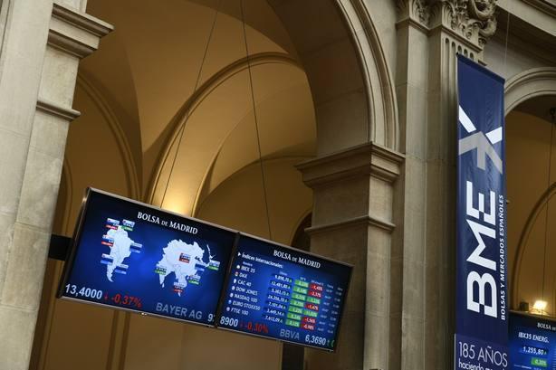 La Bolsa española negoció 40.955 millones en noviembre, un 11% menos que un año antes
