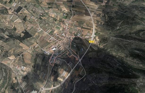 Fallece un hombre y otro resulta herido en el choque entre un coche y un camión en Catí (Castellón)