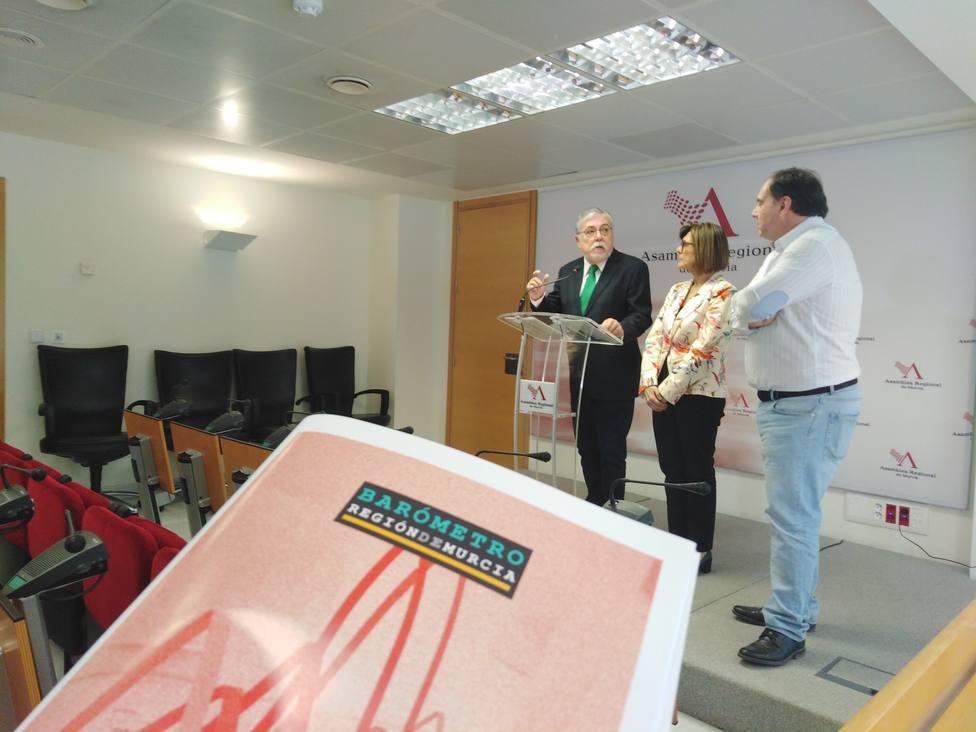 El PP ganaría las elecciones autonómicas pero empataría en escaños con el PSOE