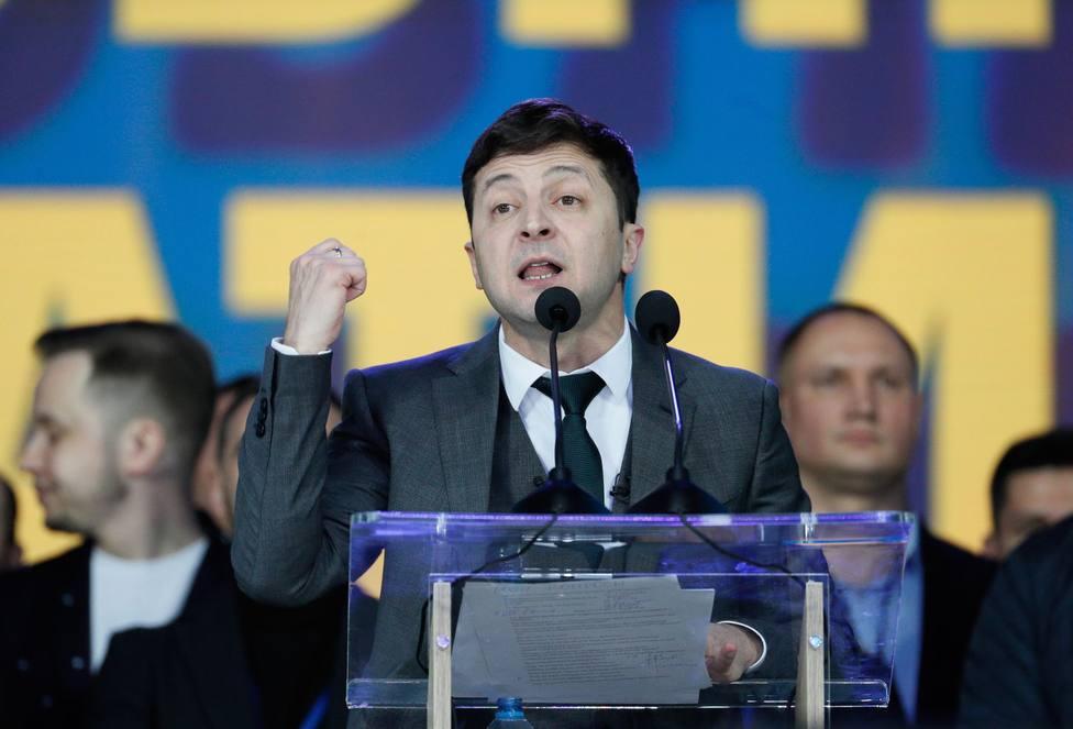 El partido del presidente Zelenski en Ucrania roza la mayoría absoluta en las elecciones parlamentarias