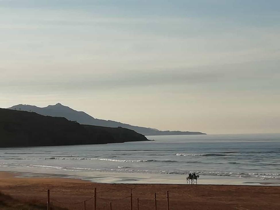 Las temperaturas bajan mañana en casi todo el país menos Levante, con máximas de 40ºC, y suben el martes en toda España
