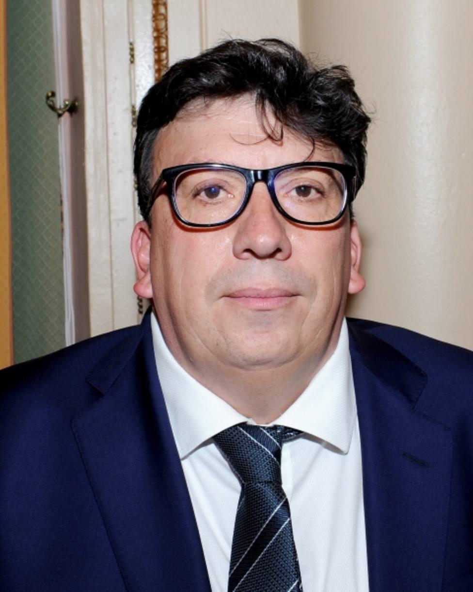 Jesús Cedazo, alcalde de Almazán, tendrá finalmente la excedencia solicitada