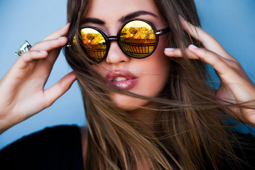 Dime cómo es tu cara y te diré qué gafas de sol te favorecen
