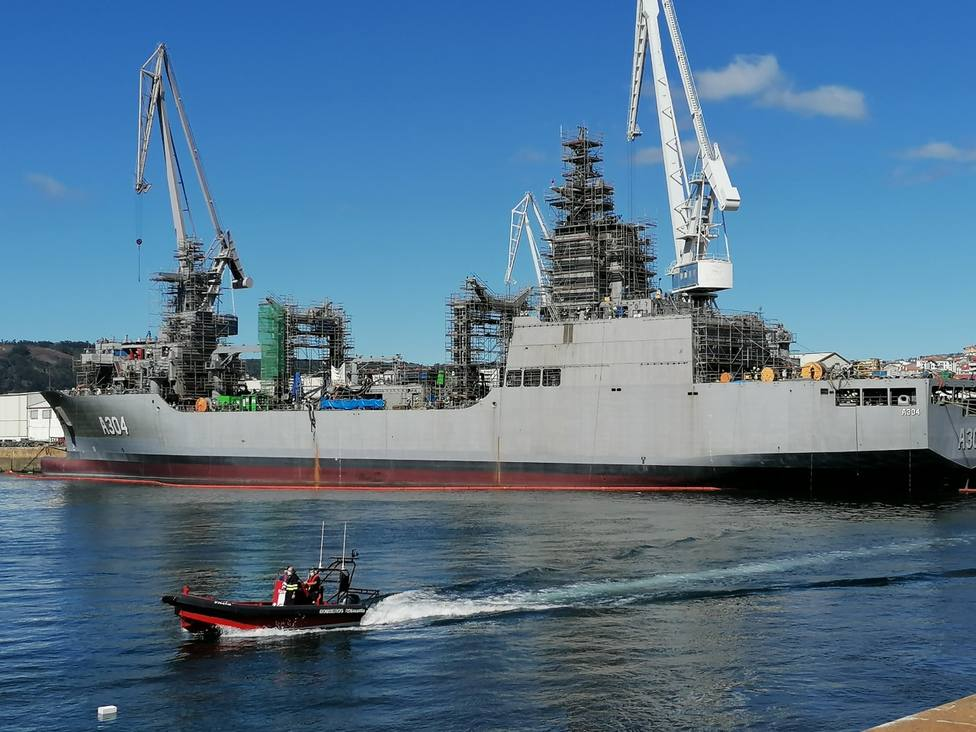 Foto de archivo del segundo AOR para Australia en Navantia Ferrol
