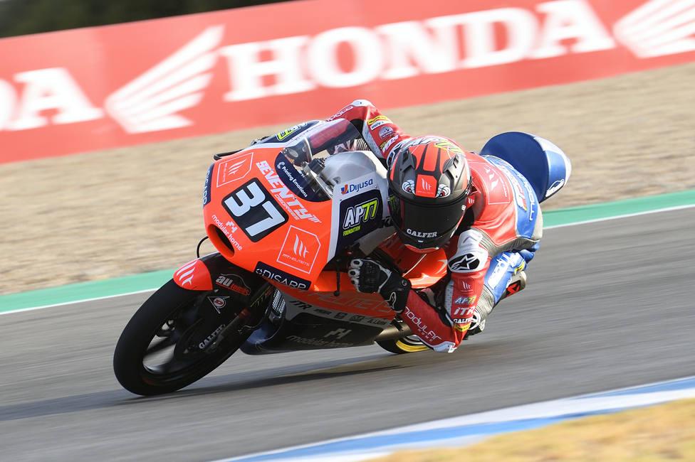 Pedro Acosta saldrá tercero en Motorland