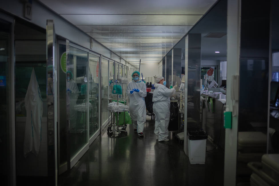 El riesgo de contagio sigue bajando en Cataluña, que suma otros 44 muertos