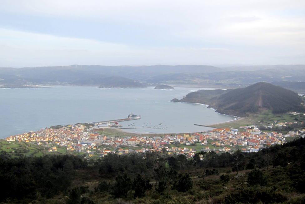 Vista general de una parte de la comarca del Ortegal, con Cariño en primer término - FOTO: EFE/Cristina Yuste