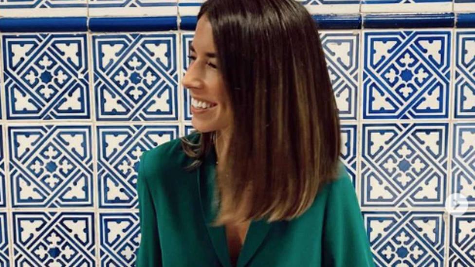 Laura Corsini, la diseñadora que cambió el ladrillo por la moda: Encontré un tejido mágico