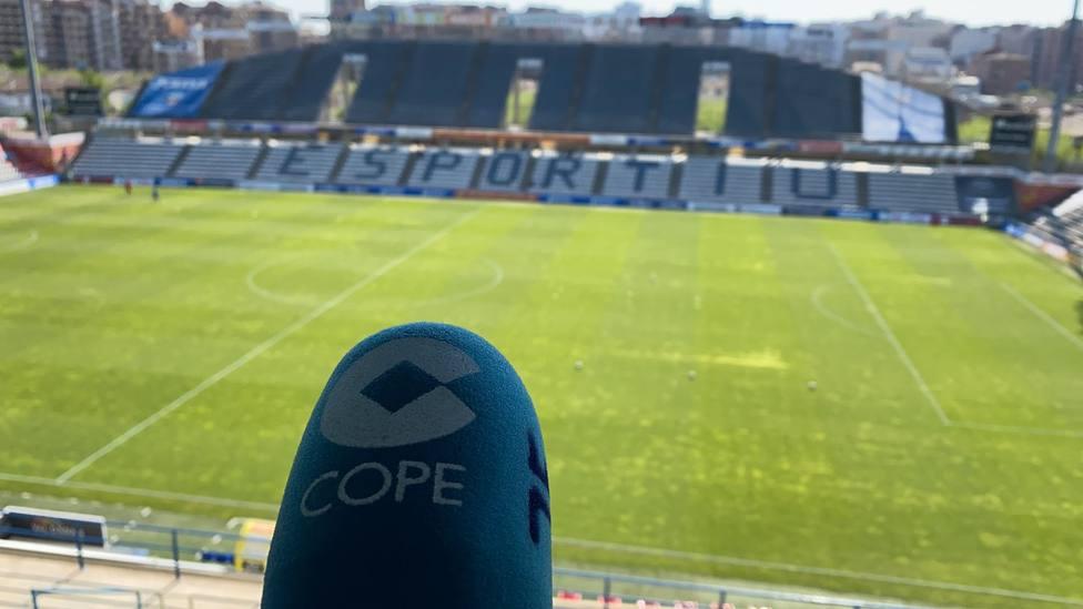 El Lleida pide aplazar el partido contra el Hércules tras detectar un positivo en su plantilla