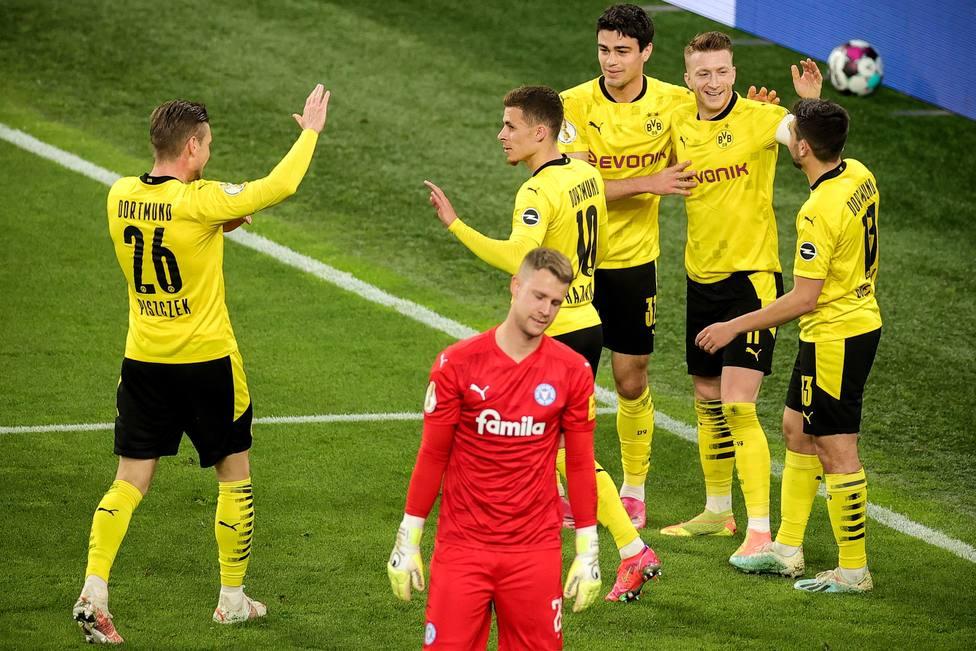 Borussia Dortmund vs Holstein Kiel