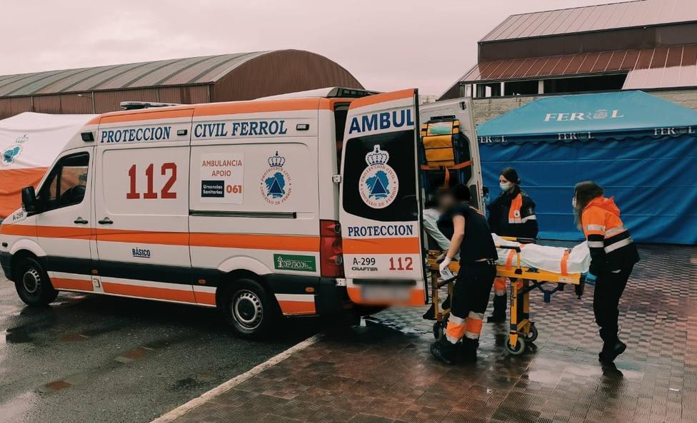 Foto de archivo del traslado de un vecino para vacunarse en FIMO - FOTO: Concello de Ferrol