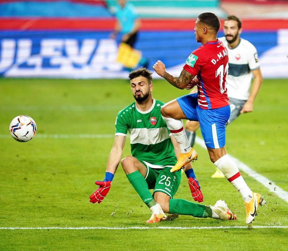 Giorgi Mamardashvi en el partido ante el Granada