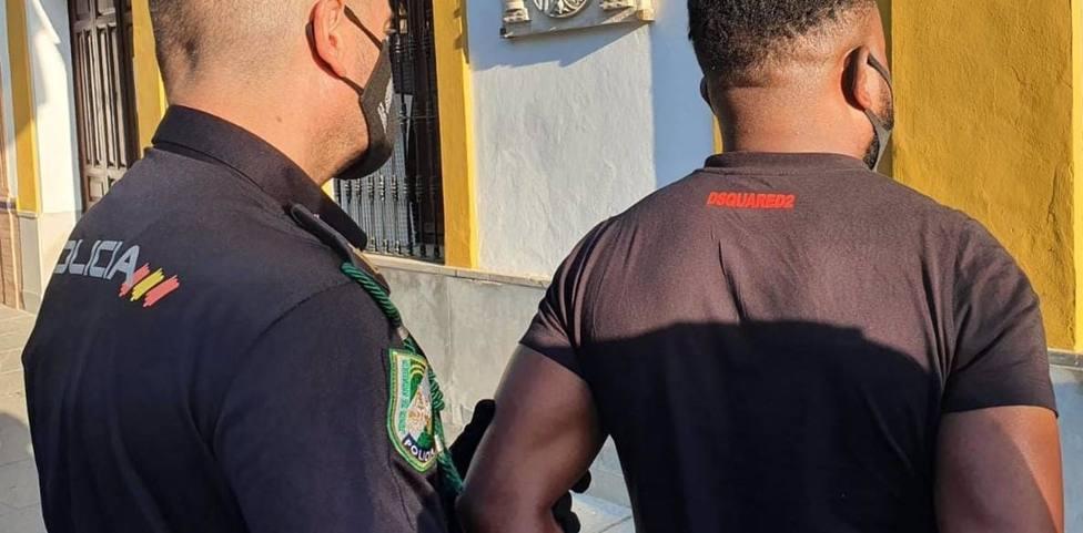 Sevilla.-Sucesos.-Detenido un varón acusado de un delito ambiental tras incautarle seis toneladas de residuos tóxicos