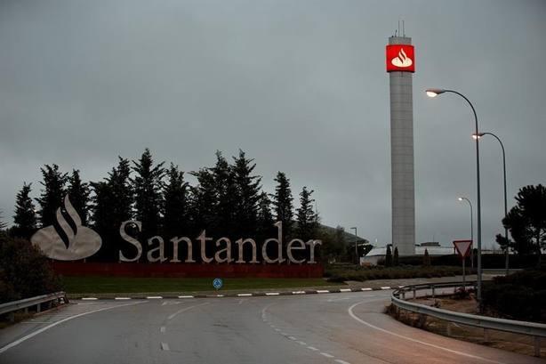 Banco Santander reparte este lunes el dividendo en efectivo a los accionistas acogidos a esta opción