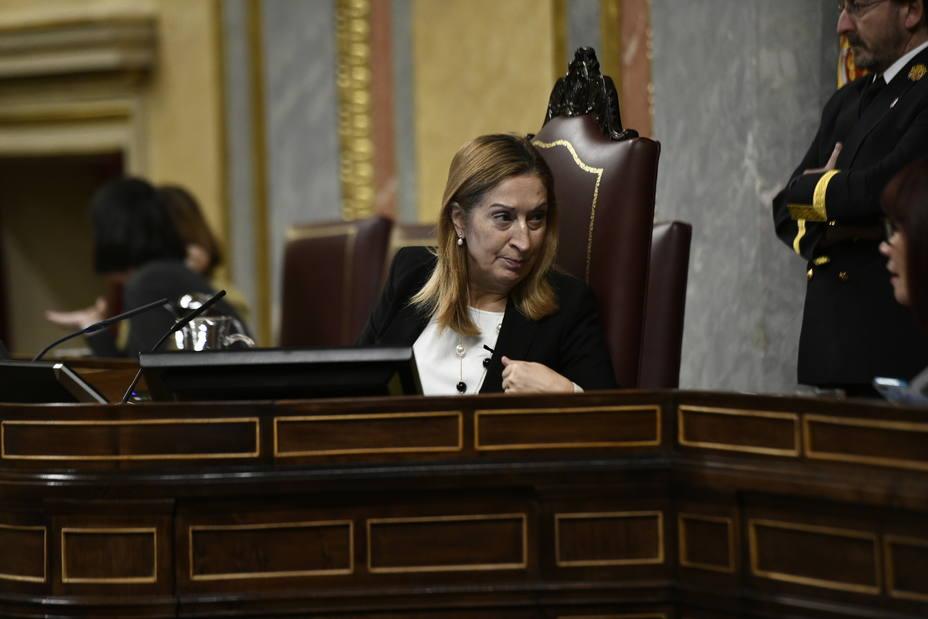 Ana Pastor evita opinar sobre las elecciones andaluzas y sólo pide a los partidos que respeten la Constitución