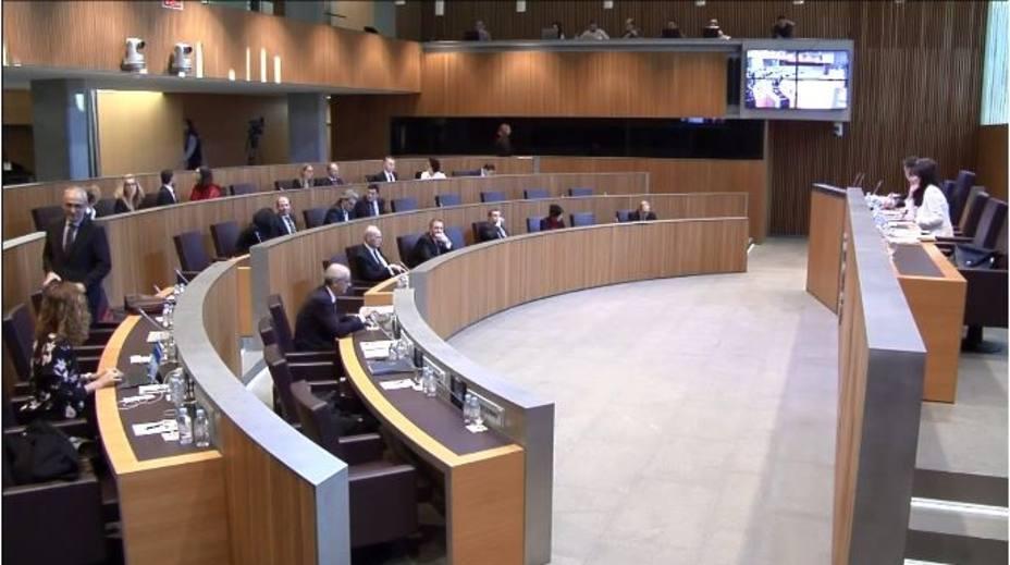 Andorra regula por primera vez el derecho a la huelga, abarata el despido y amplía la baja de maternidad a 20 semanas