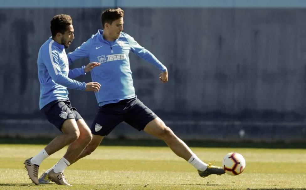 El central del Málaga podría perderse el final de liga si es seleccionado por De la Fuente para el Europeo.