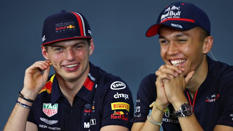 Alexander Albon será el compañero de Verstappen