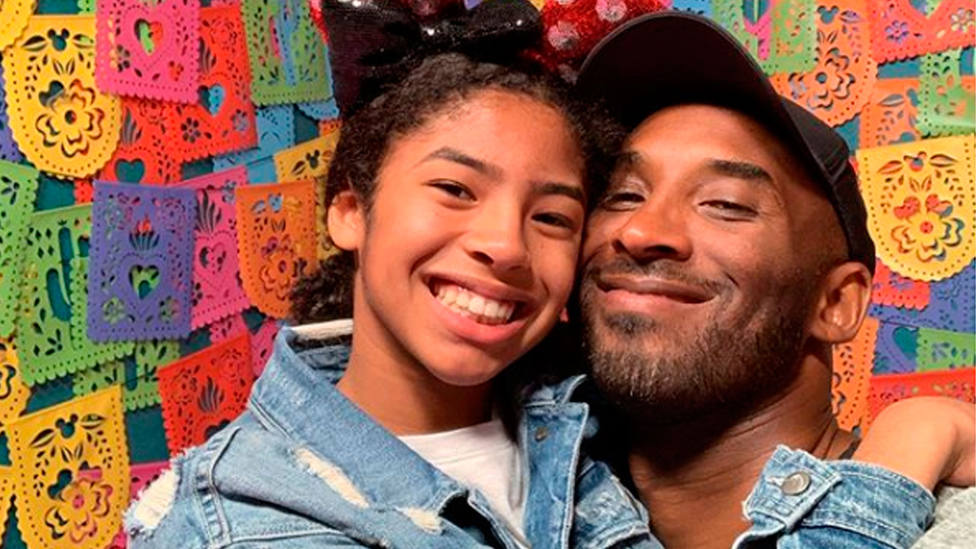 Kobe Bryant, junto a su hija Gigi, en una foto de 2019 (@kobebryant)