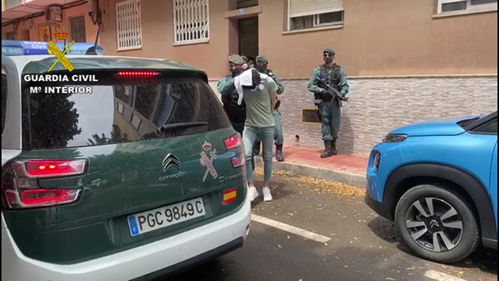 Detenido un joven en Alicante por difundir propaganda del DAESH en plataformas de juegos online