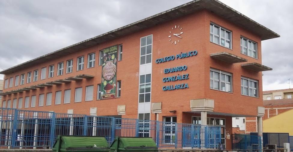 Dos alumnos con COVID-19 activan el protocolo en el colegio González Gallarza de Lardero
