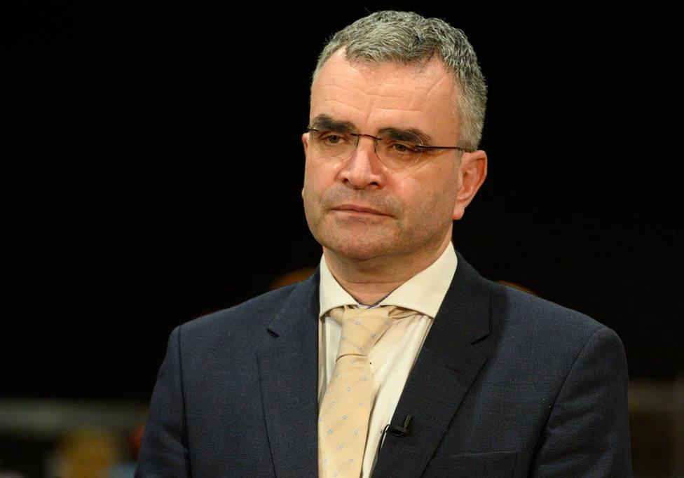El ministro irlandés que dimitió por asistir a una reunión con más de 80 personas