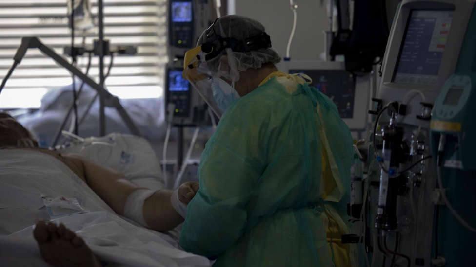 La pandemia pone a prueba y otras noticias que debes conocer antes de salir de casa