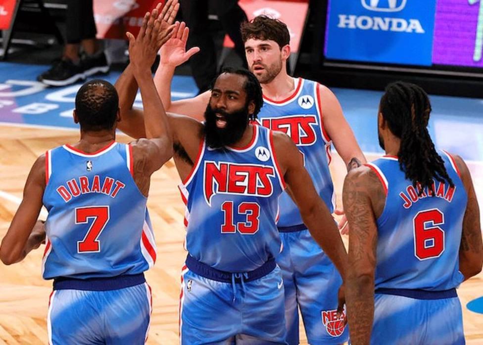 Debut de Harden con los Nets