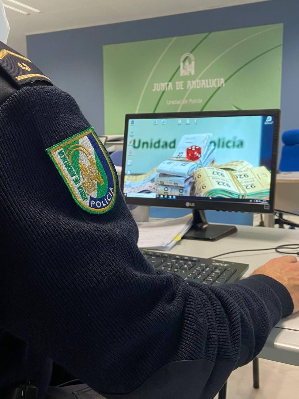 La Unidad de Policía Adscrita desmantela una trama de juego ilegal on-line en Cádiz