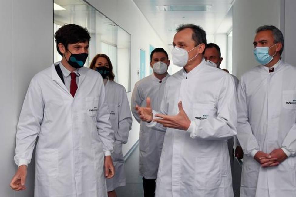 El ministro de Ciencia e Innovación, Pedro Duque, visita León
