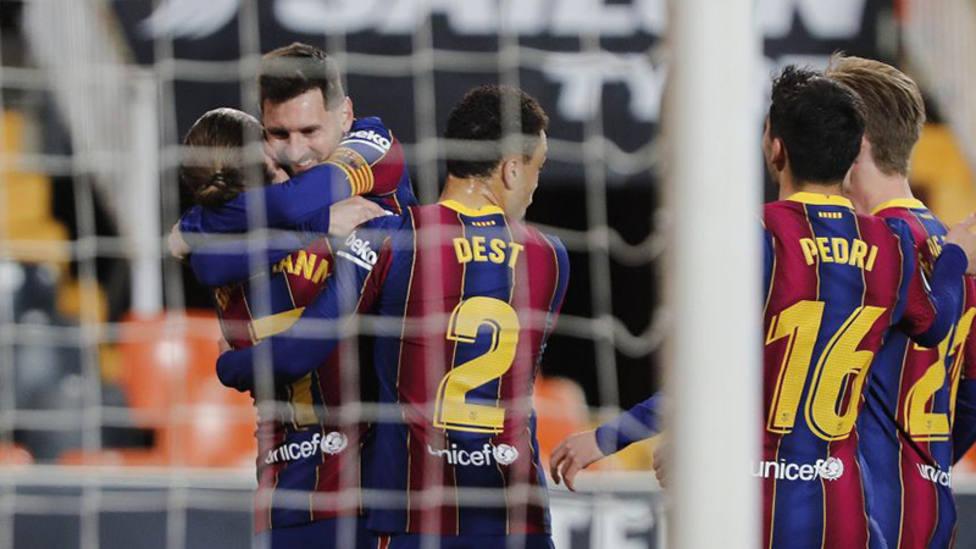 Messi invita a la plantilla del Barsa a comer a su casa para hacer piña