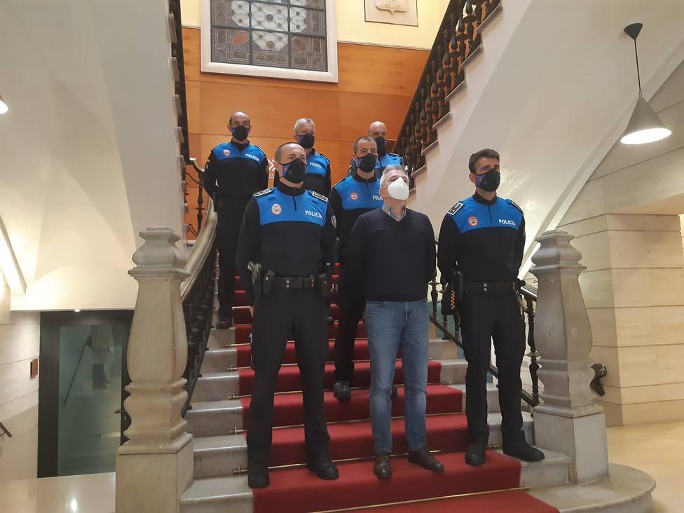 Acto de toma de posesión de los últimos subinspectores nombrados en la Policía Local de Gijón