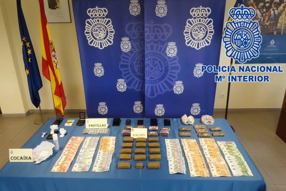 Material incautado por la Policía Nacional de Gijón en la operación antidroga