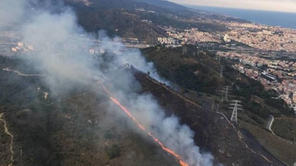 Ingresa en prisión un presunto pirómano que prendió fuego al parque de Collserola de Barcelona