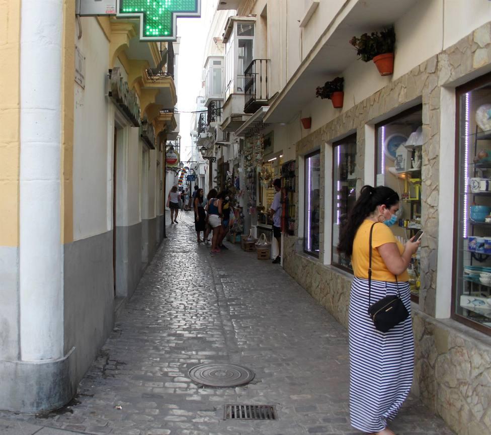 El alcalde de Tarifa pide responsabilidad y precaución para contener el covid-19 en el municipio