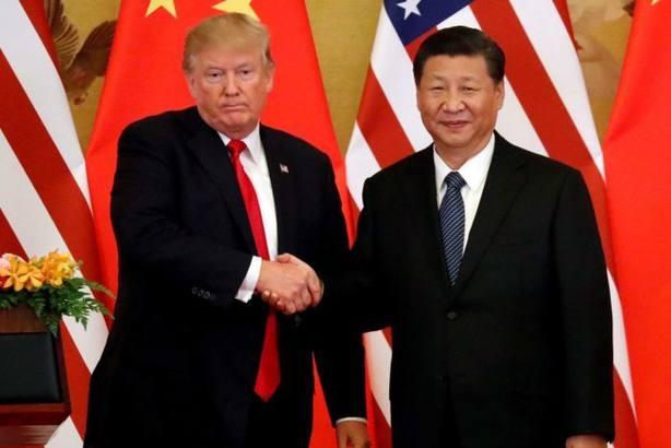 China impone aranceles del 25% a más de cien productos norteamericanos